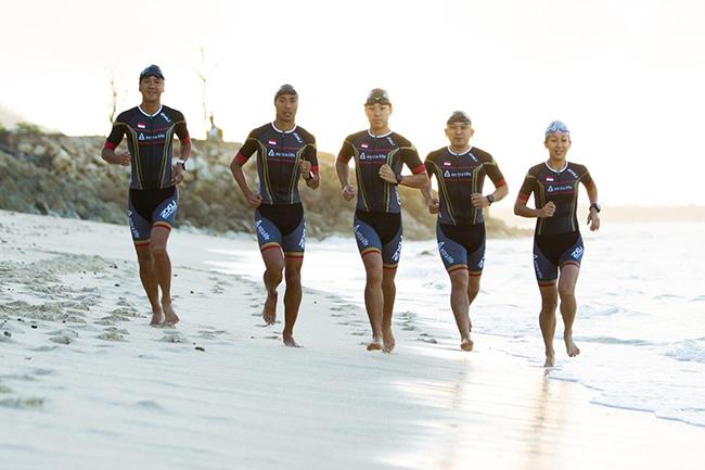 Photo 1 - Team 2XU Indonesia Triathlon saat beraksi-a